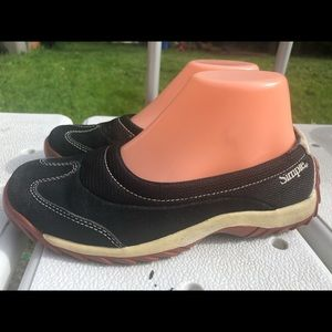Simple 9762 Women's Black Suede/Mesh Shoes Size 6